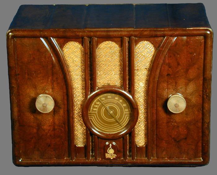 Emerson Model: 109 radio page